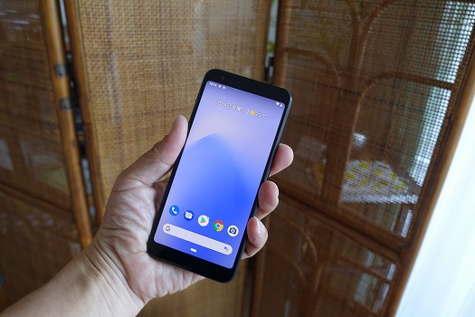 Pixel 3aはコンパクト