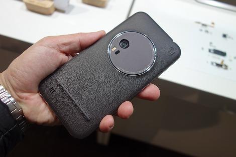 ZenFone Zoom レビュー
