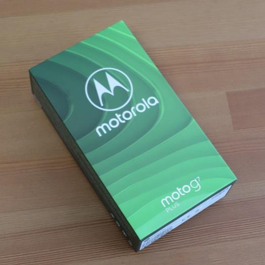 モトローラmoto g7 plusの梱包箱