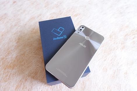 ZenFone 5(ZE620KL) 開封